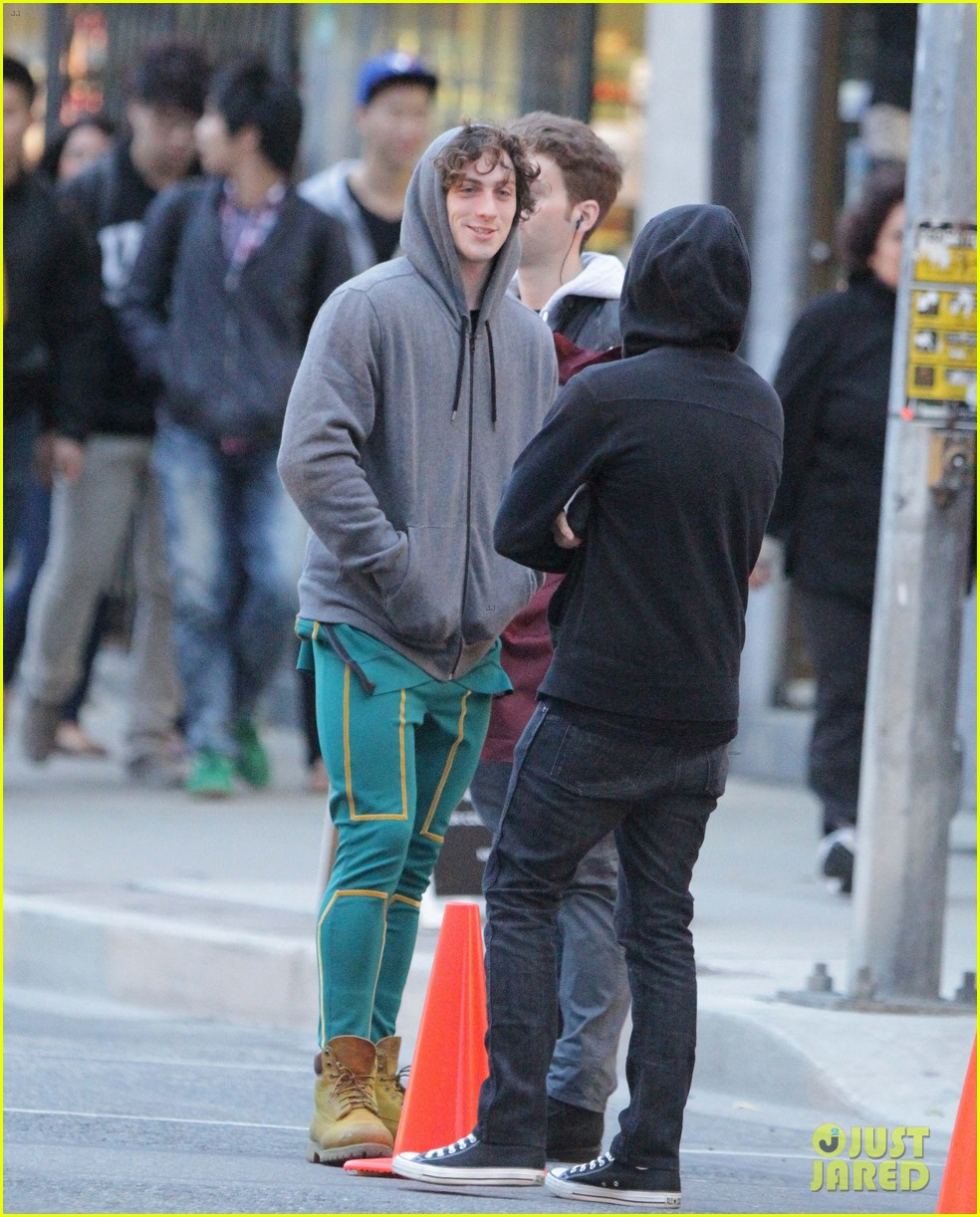 aaron taylor johnson jim carrey kick ass 2 set 34