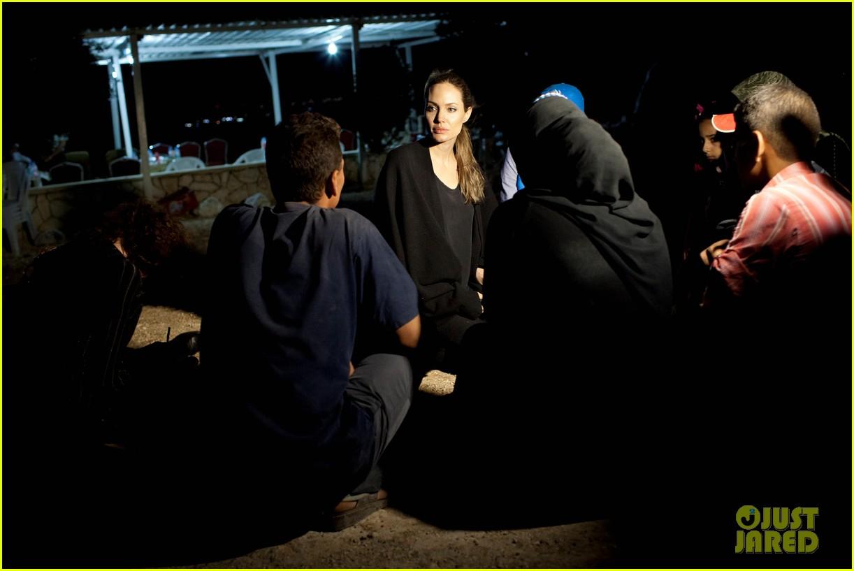 angelina jolie visits syrian refugees in jordan 022719260