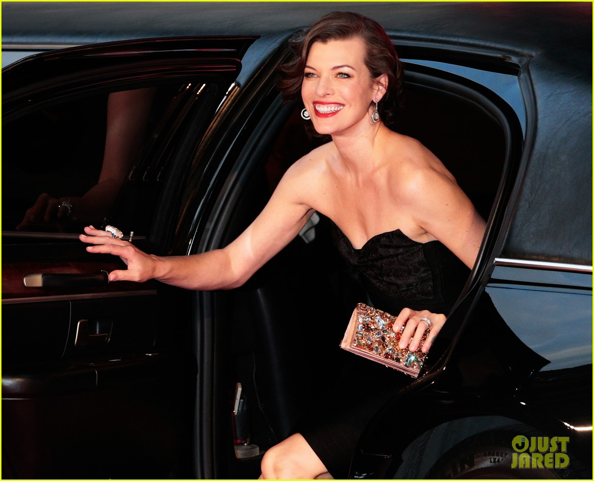 milla jovovich resident evil retribution japan premiere 02