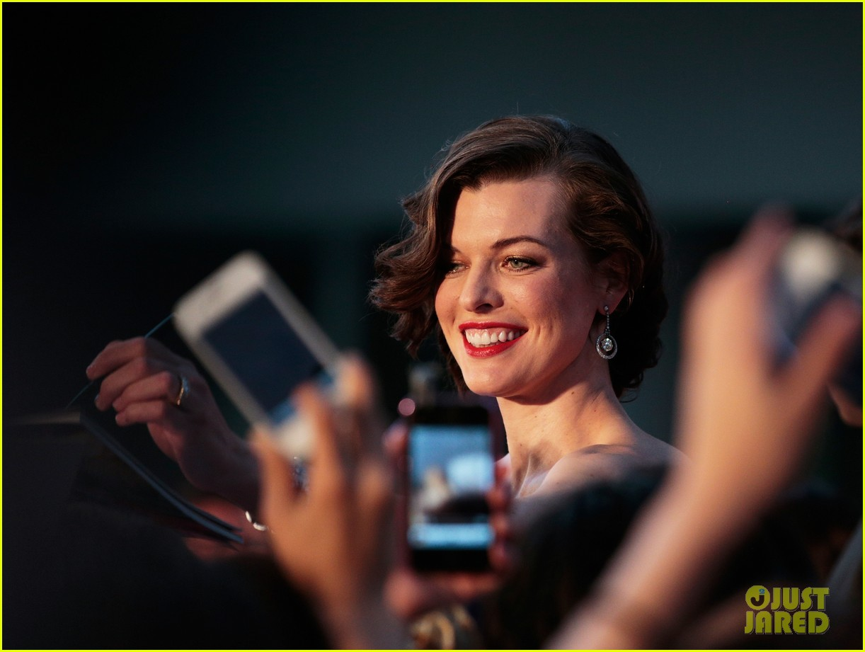 milla jovovich resident evil retribution japan premiere 10