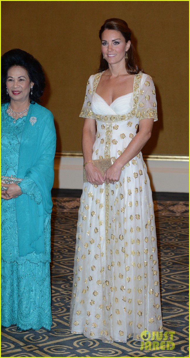 duchess kate prince william official dinner malaysia 092721174