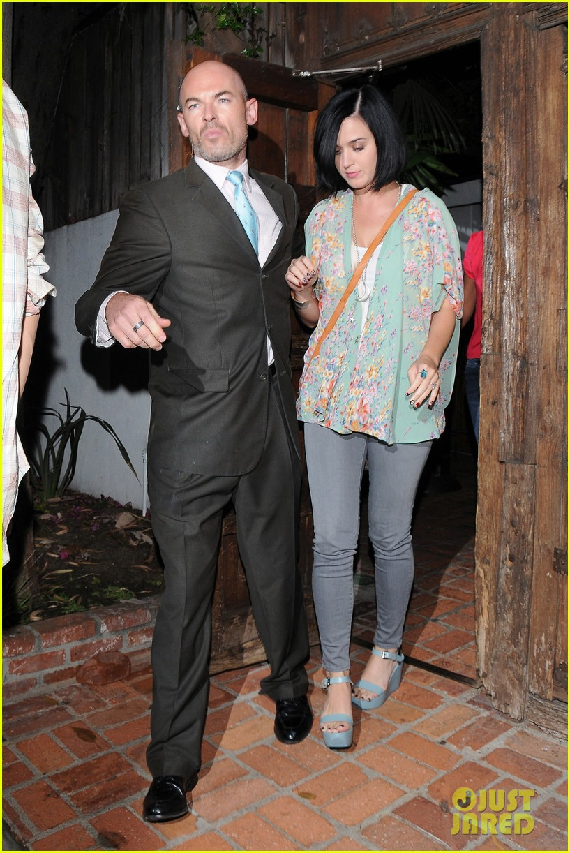 katy perry john mayer little door restaurant 15