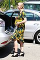 jaime king shopping salon visit 13