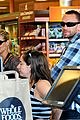 heidi klum martin kristen chuck e cheese with the kids 23