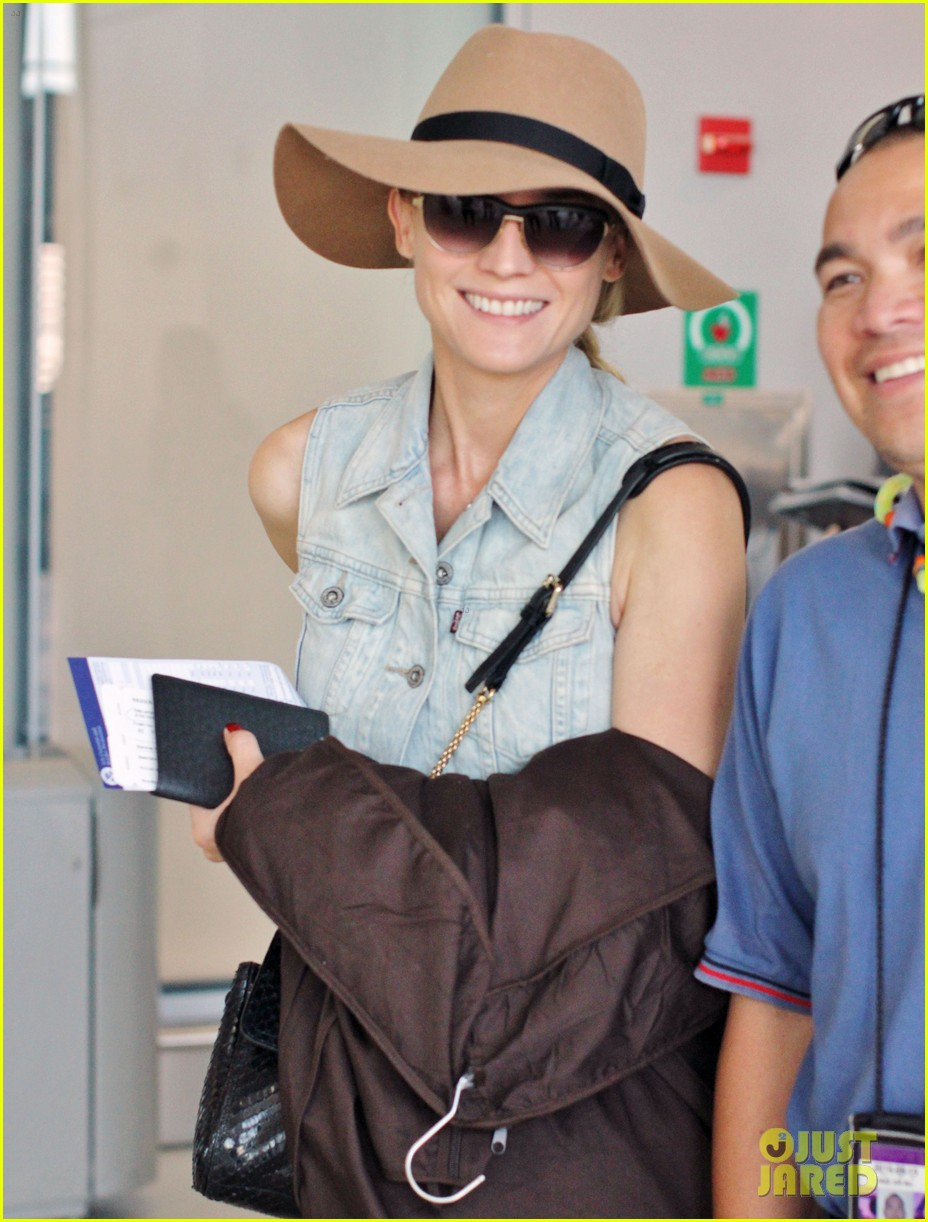 diane kruger leaves toronto 18