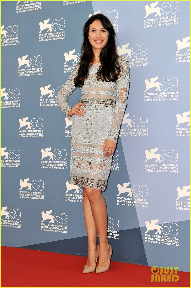 olga kurylenko to the wonder at the venice film festival 01
