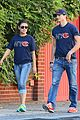 ashton kutcher mila kunis chicago bears couple 01
