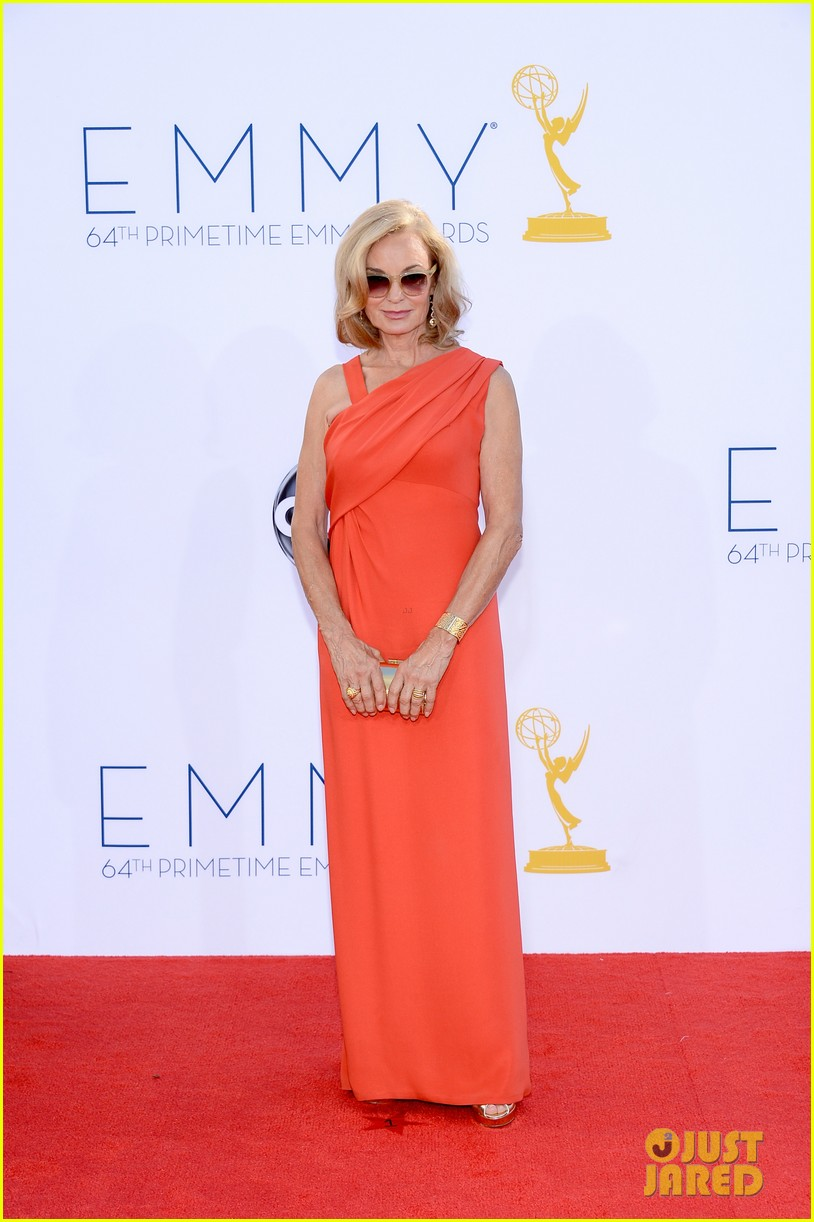 jessica lange kate mara emmy awards 2012 red carpet 01