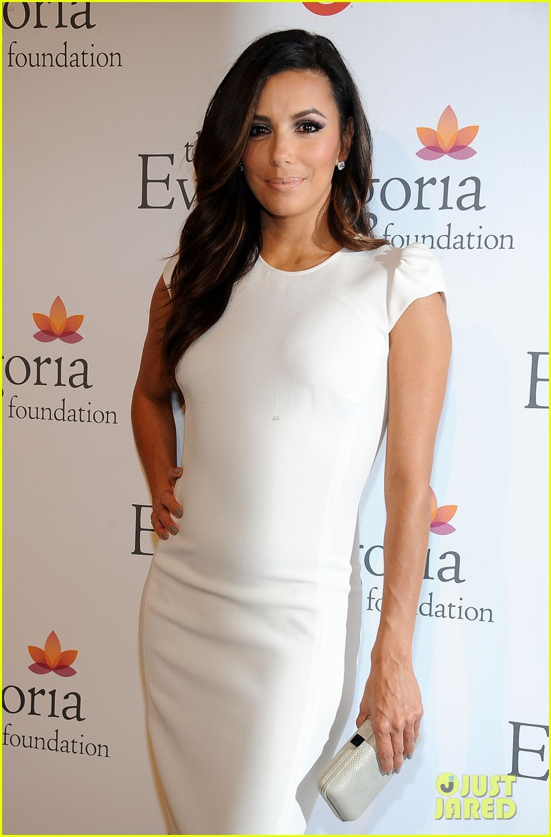 eva longoria pre alma awards charity dinner 03