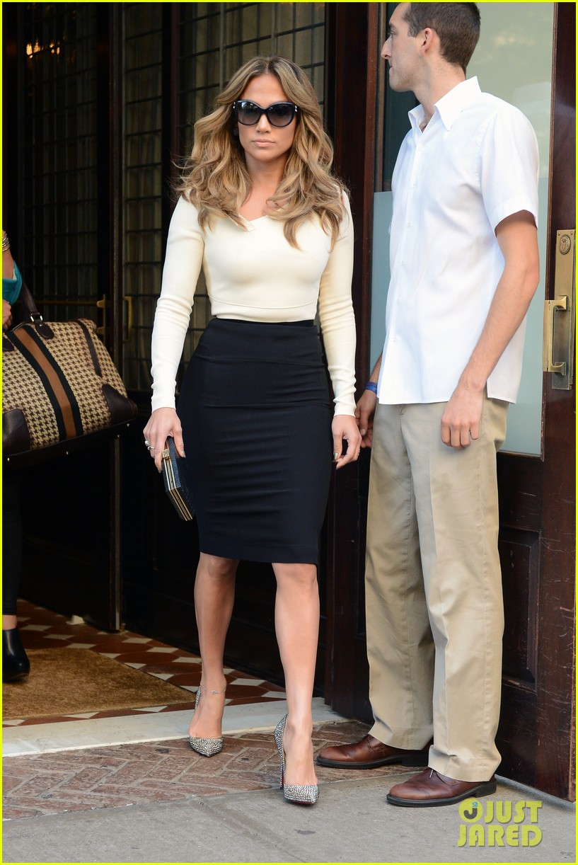 jennifer lopez date night casper smart 10