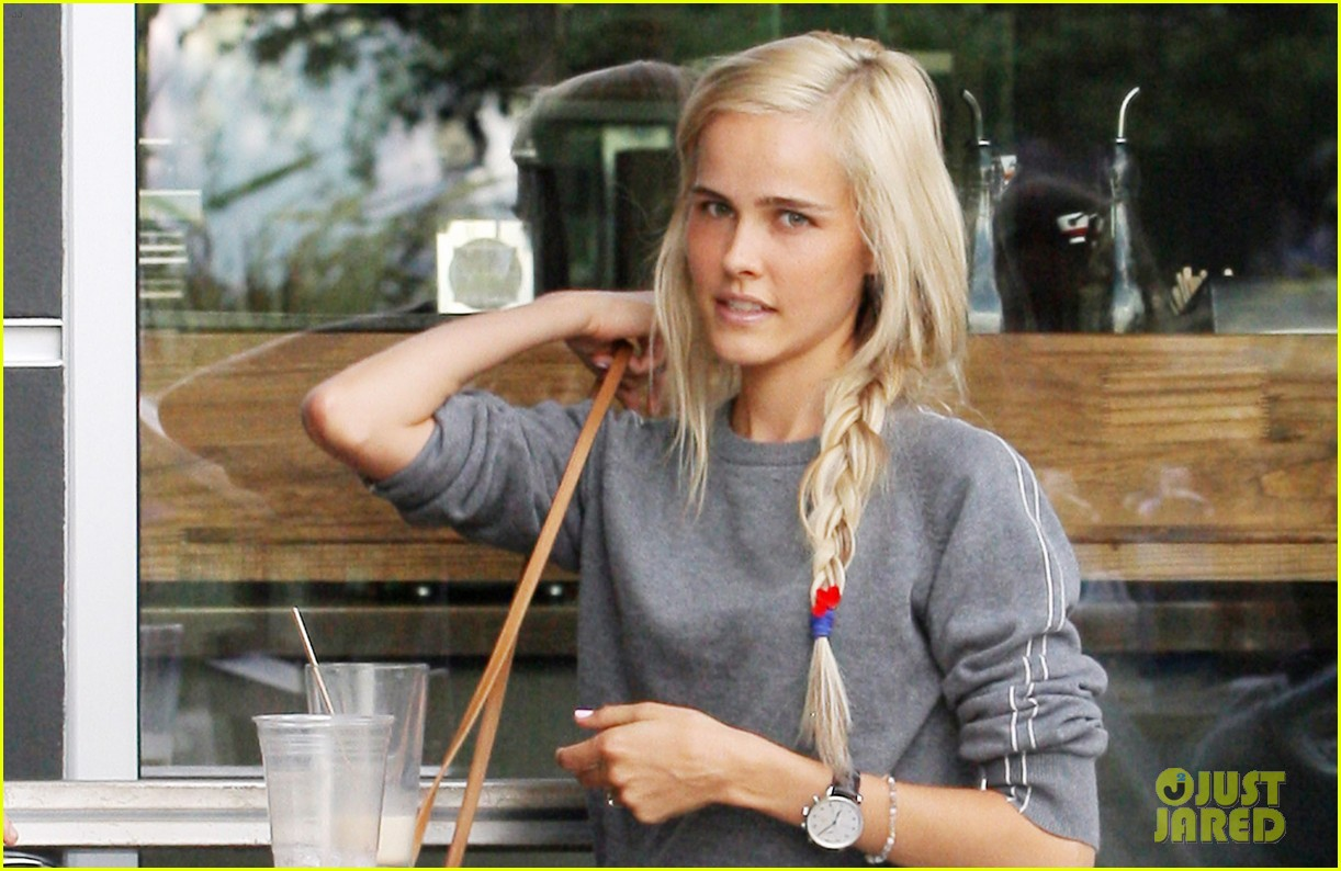 isabel lucas labor day lunch 022714528