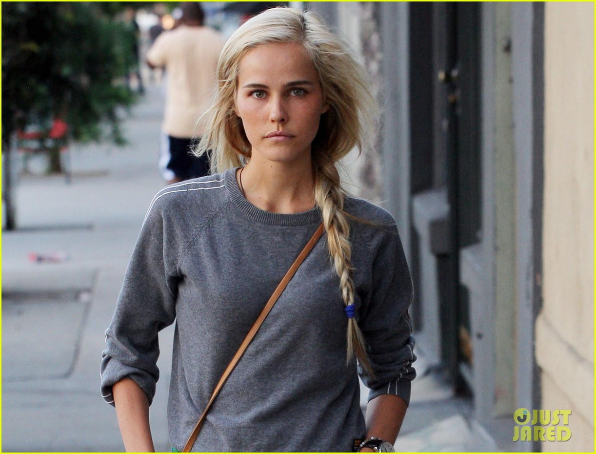 isabel lucas labor day lunch 032714529