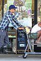 kellan lutz shopping cart ride for sharni vinson 08