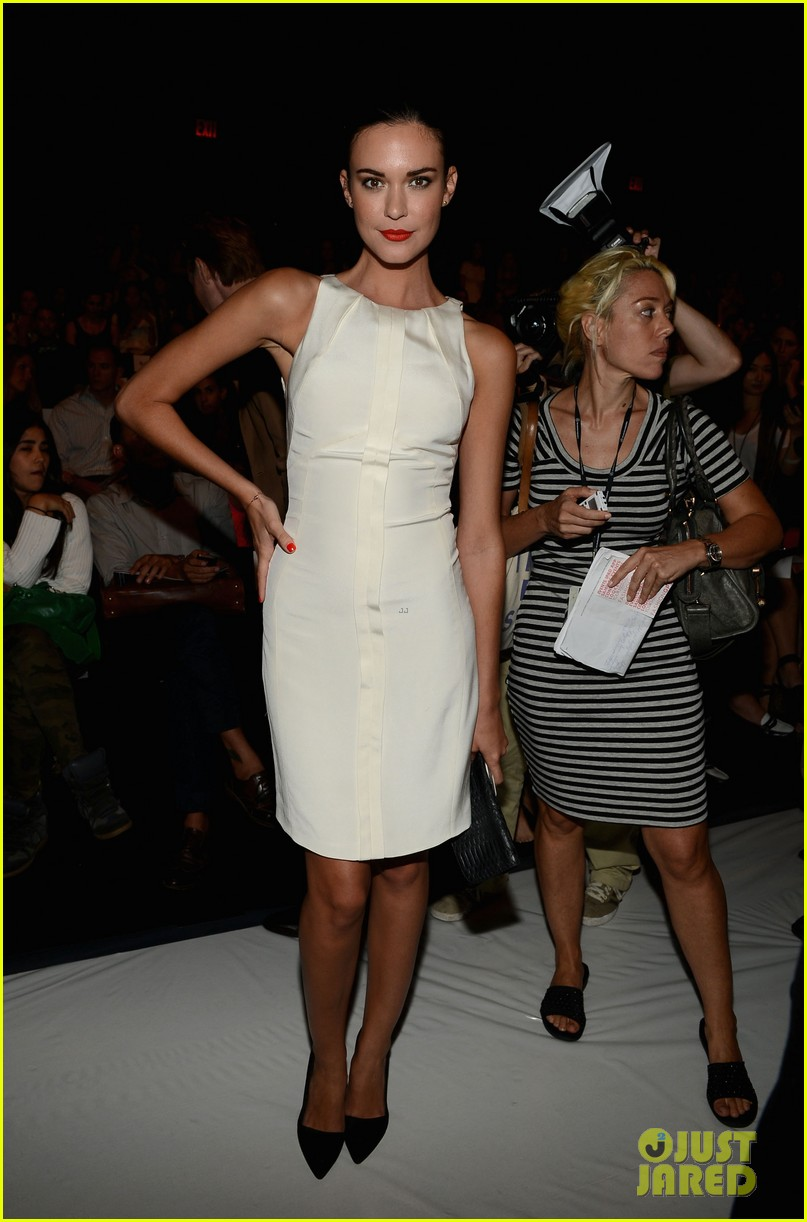 kellan lutz odette annable fashion week shows 03