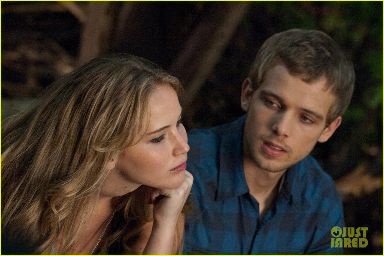 max thieriot just jared twitterview 052724374