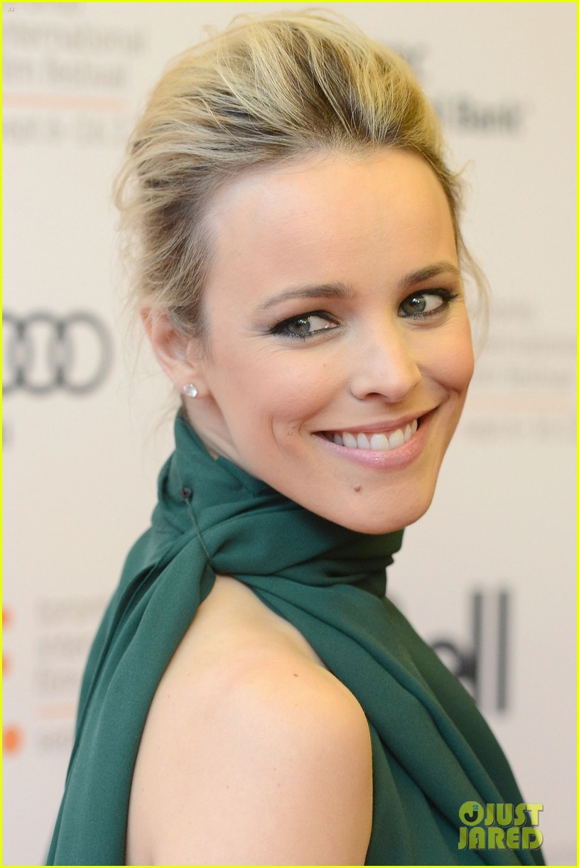 rachel mcadams to the wonder premiere 022718864