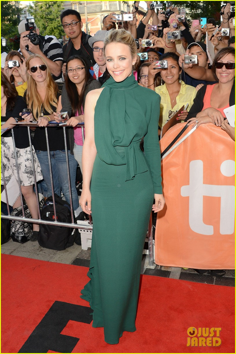 rachel mcadams to the wonder premiere 11