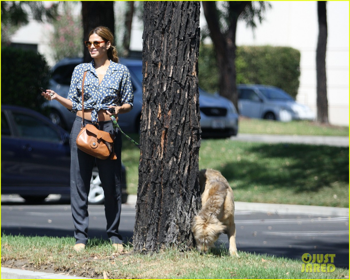 eva mendes dog day afternoon with hugo george 022712324