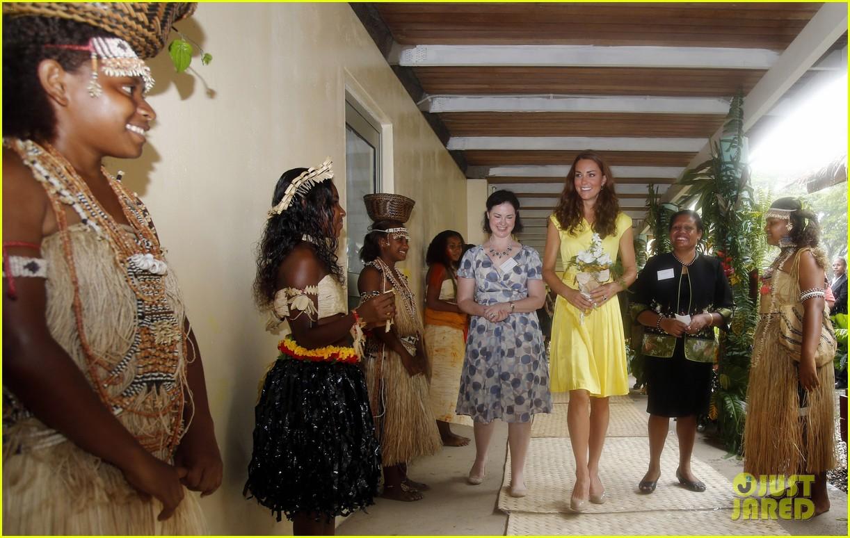 prince william duchess kate tavanipupu island visit 11