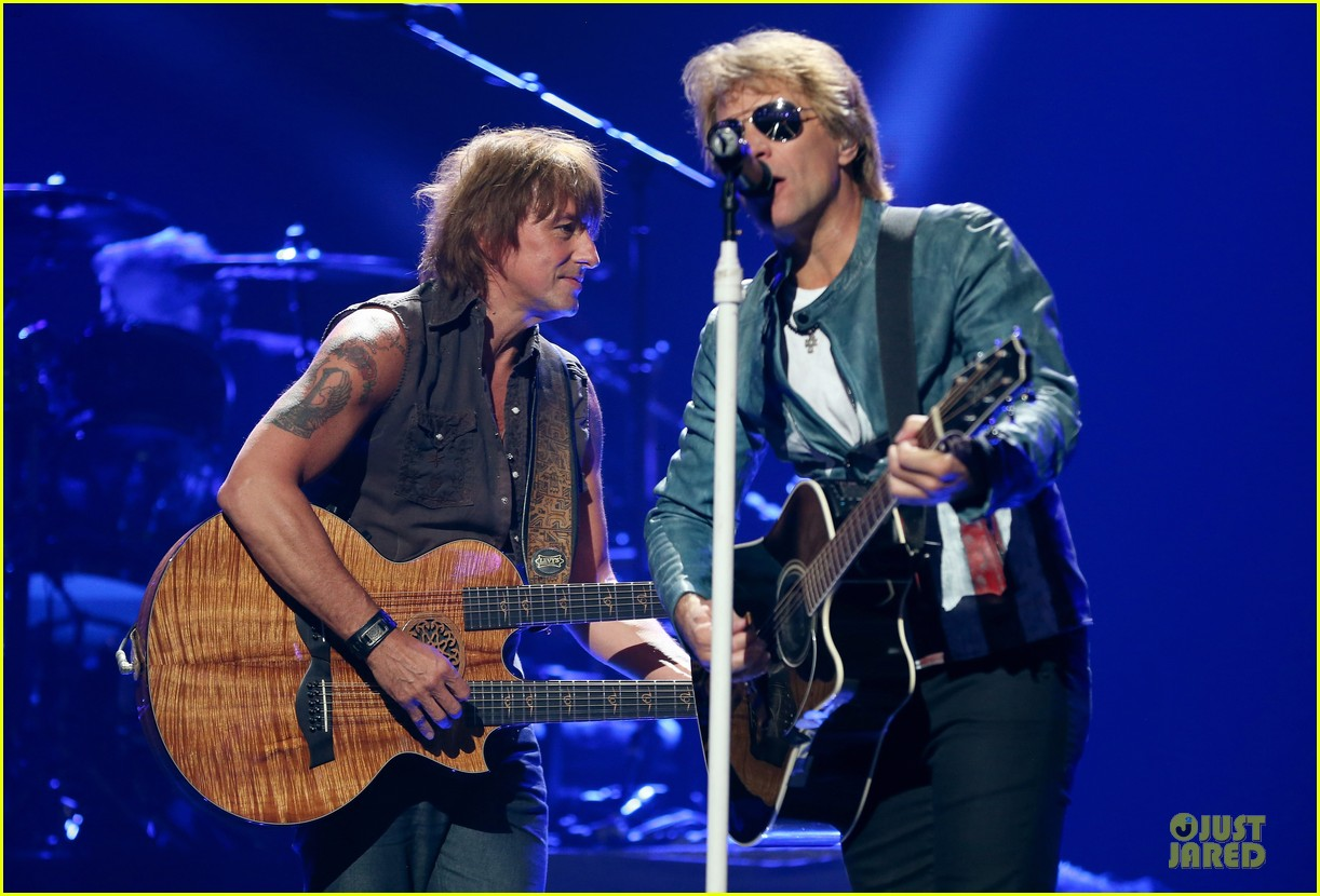 miley cyrus bon jovi rock iheartradio duo 43