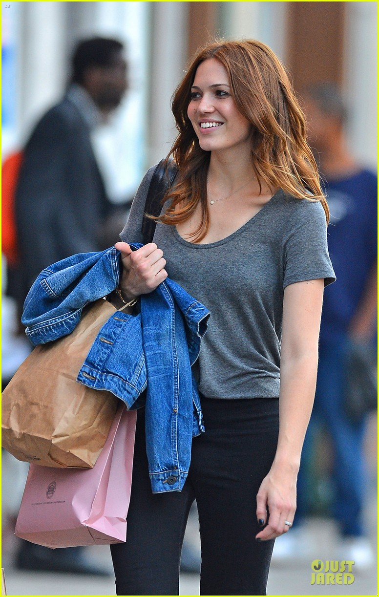minka kelly mandy moore big apple shopping gals 072720684