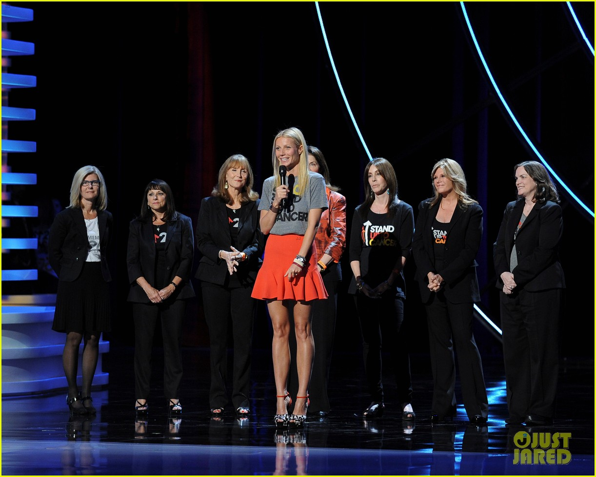 gwyneth paltrow stand up to cancer telecast 03