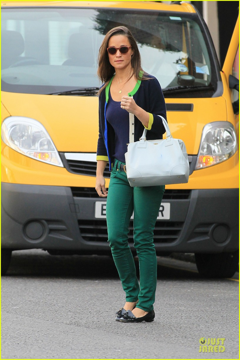 pippa middleton coffee run in chelsea 012725477