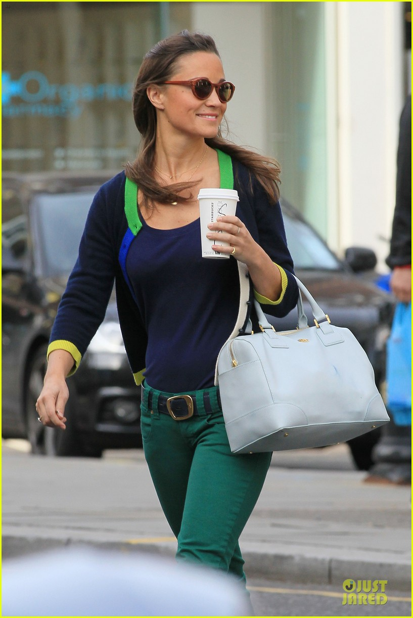 pippa middleton coffee run in chelsea 14