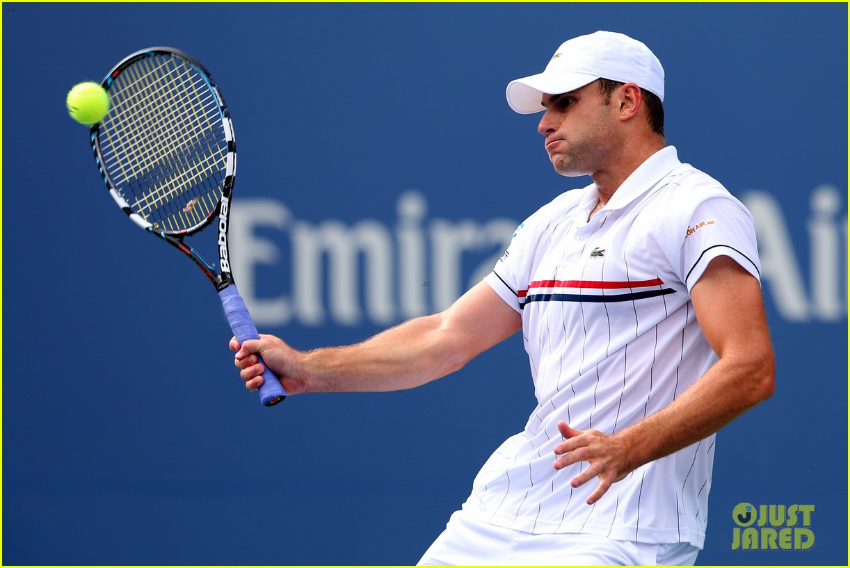 andy roddick plays final tennis match brooklyn decker cries 13