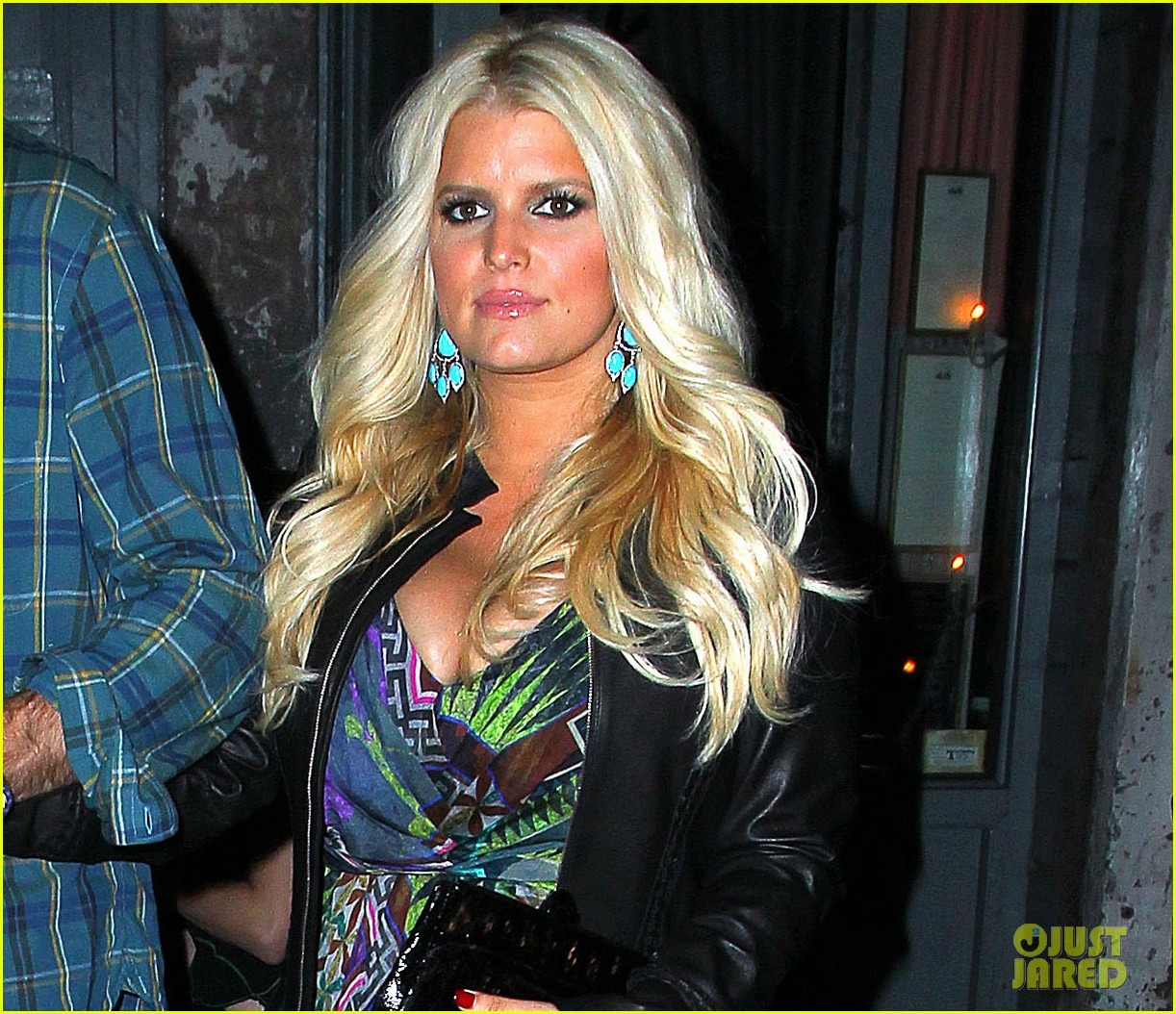 jessica simpson date night eric johnson 042719090