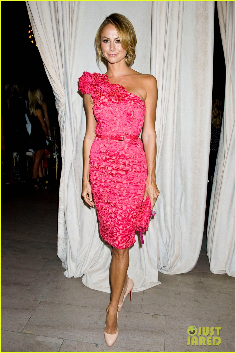 bar refaeli stacy keibler marchesa show at nyfw 01