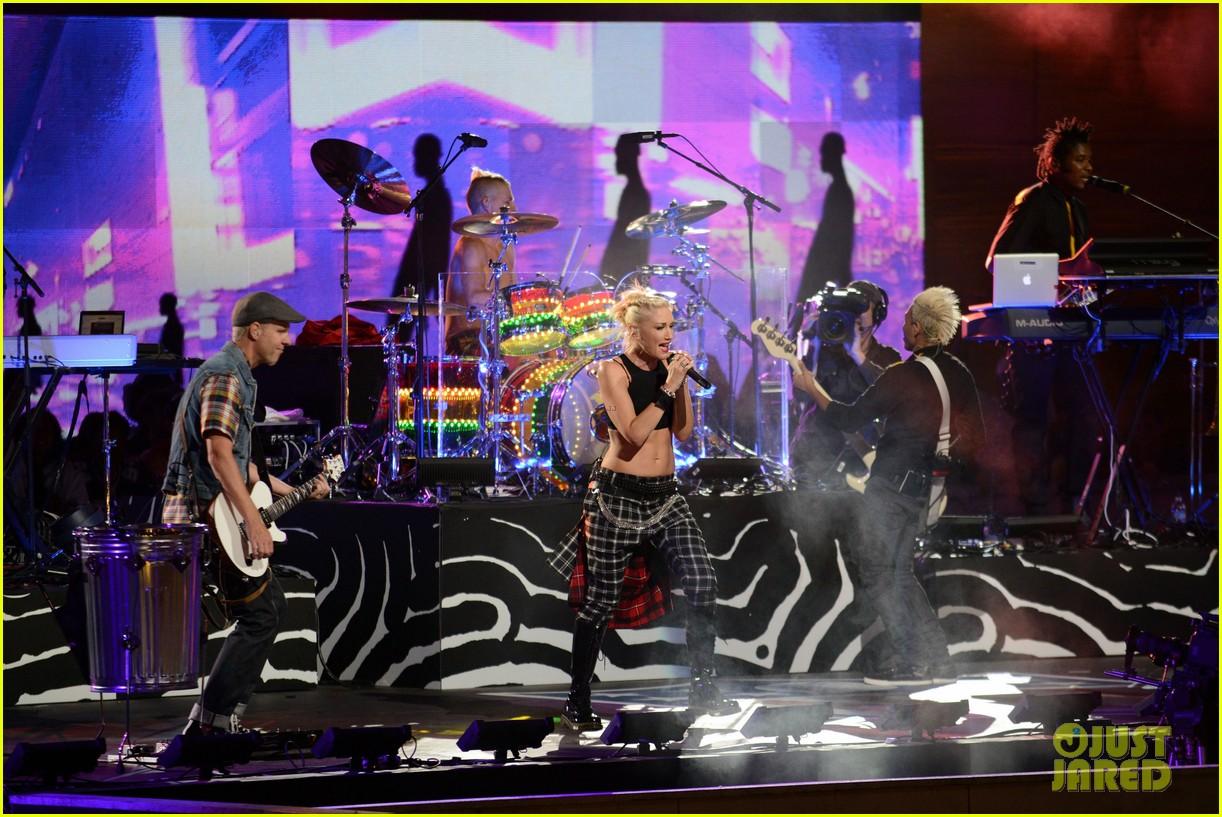 gwen stefani no doubt perform at nfl kick off concert 102715005