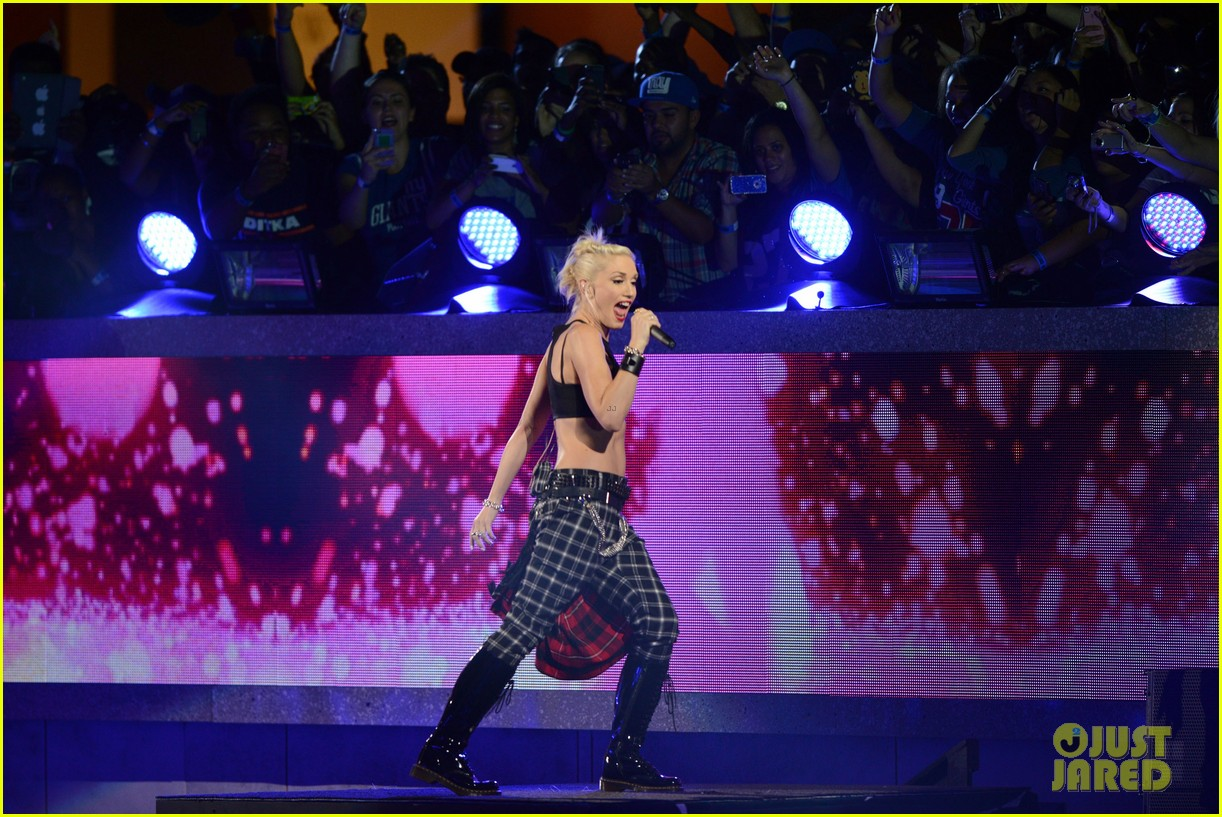 gwen stefani no doubt perform at nfl kick off concert 132715008