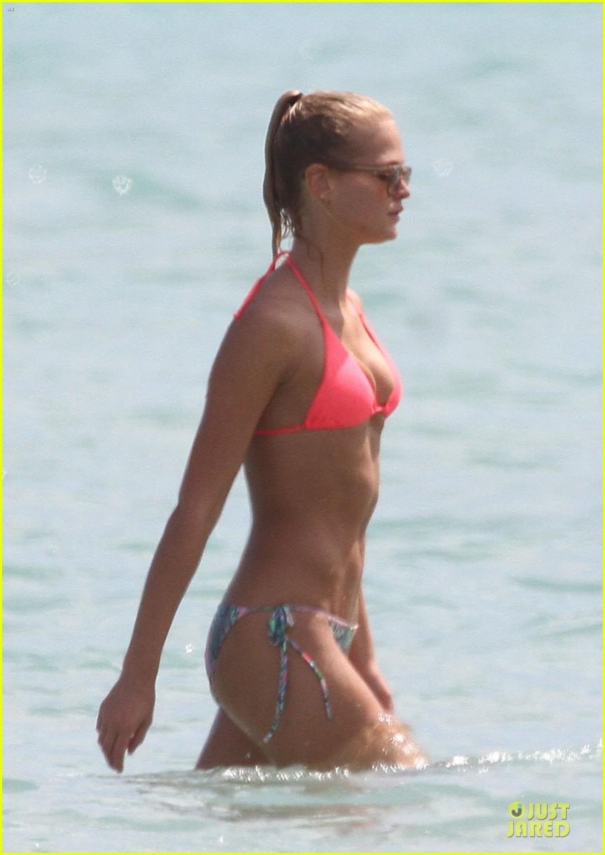 erin heatherton candice swanepoel bikini bods miami 102719882