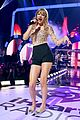 taylor swift iheartradio music festival performance 01