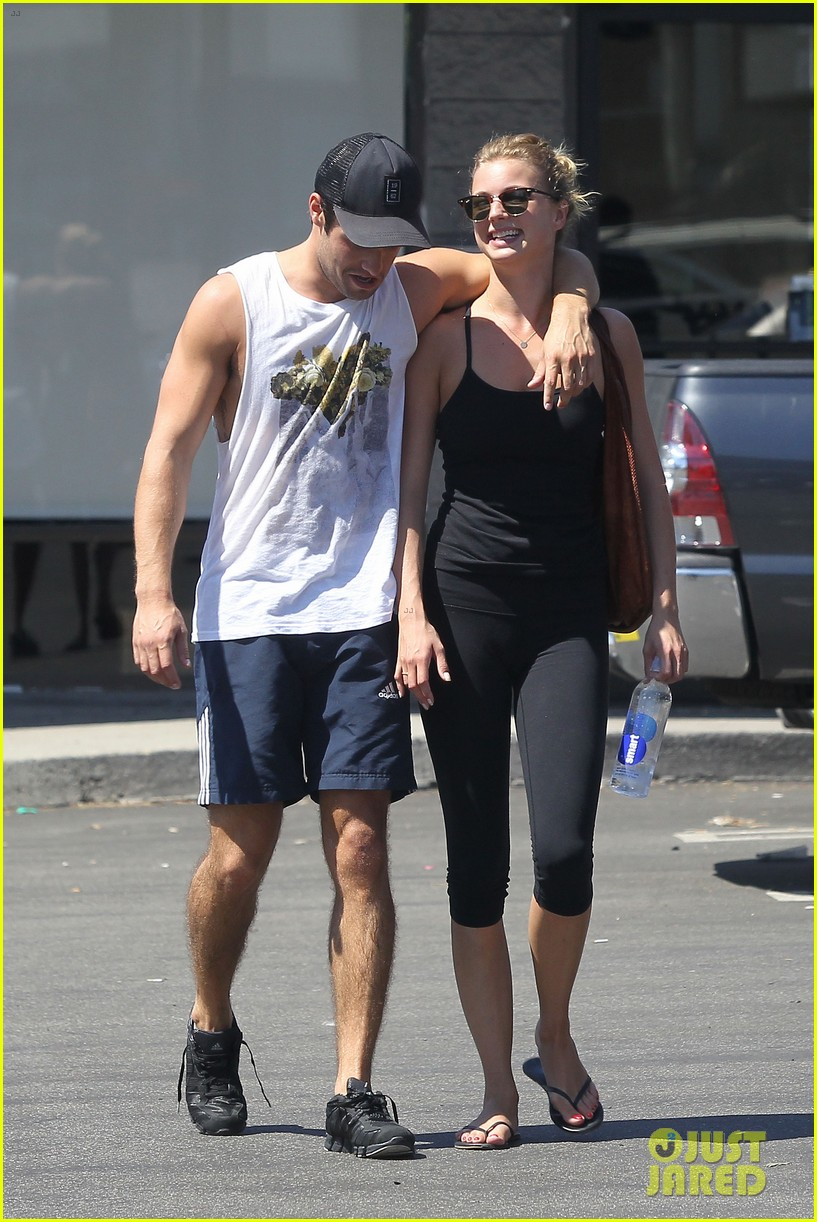 emily vancamp josh bowman watch revenge on netflix 21