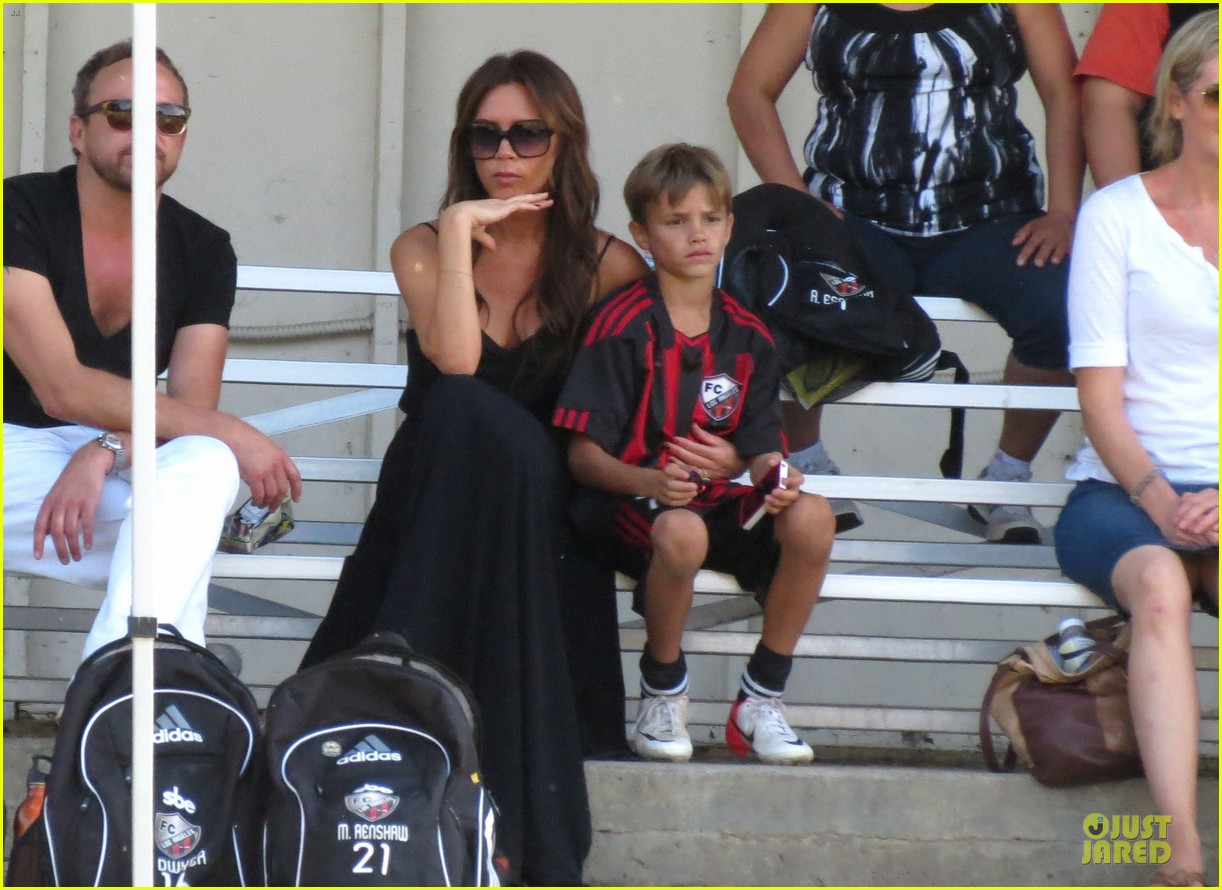victoria beckham sons soccer game 34
