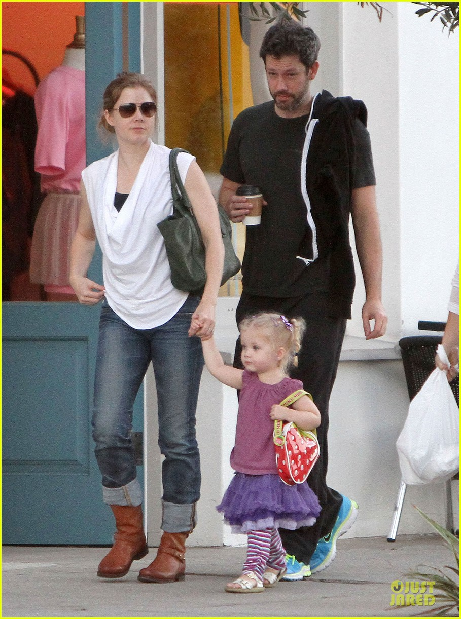 amy adams little next door restaurant with aviana 11