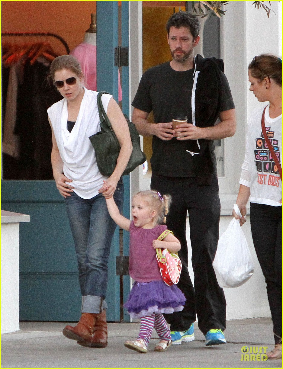 amy adams little next door restaurant with aviana 13