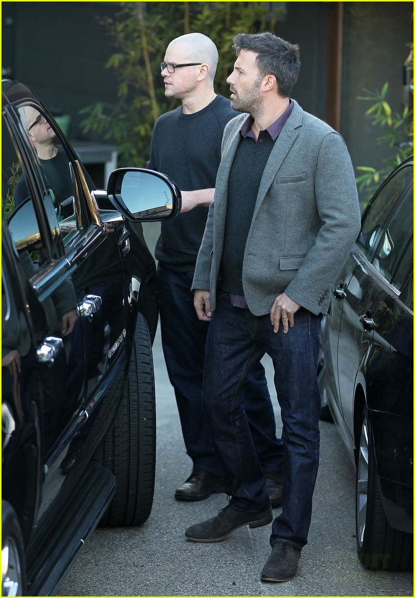 ben affleck matt damon business meeting buddies 132744496