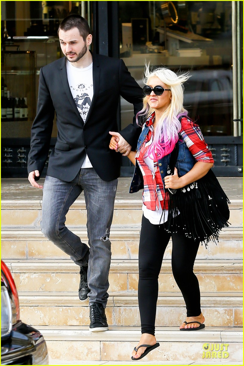 christina aguilera american music award performer 012735631