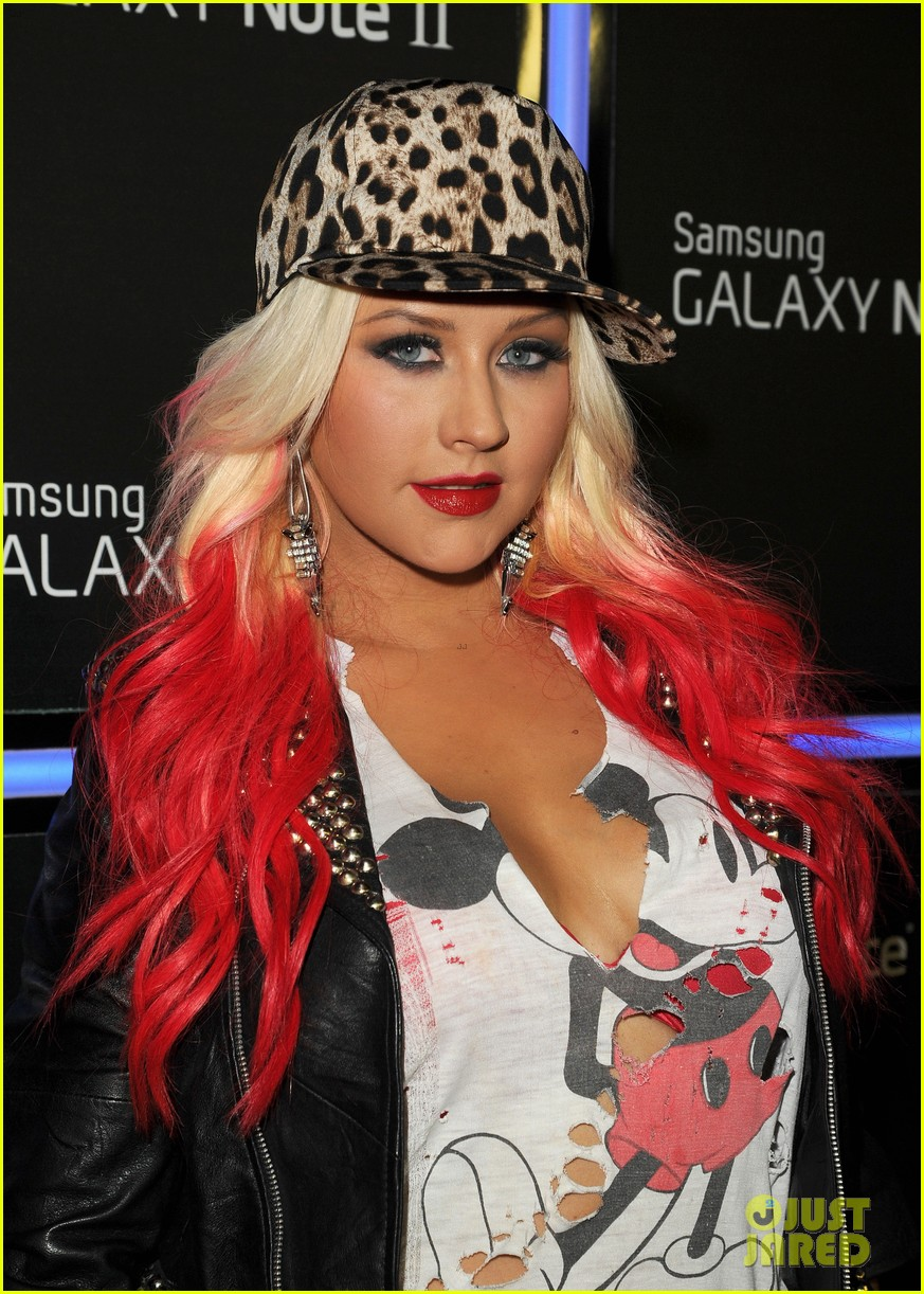christina aguilera matthew rutler samsung galaxy launch 03