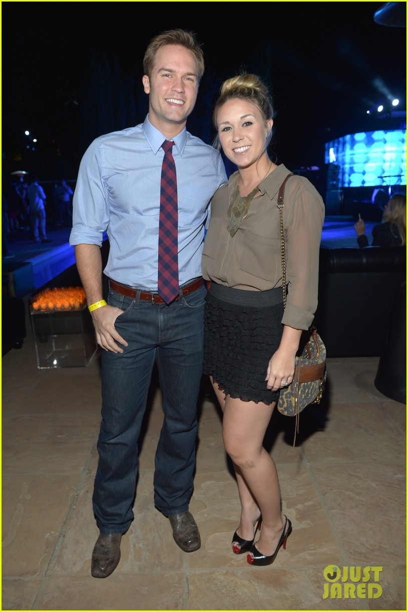 christina aguilera matthew rutler samsung galaxy launch 12