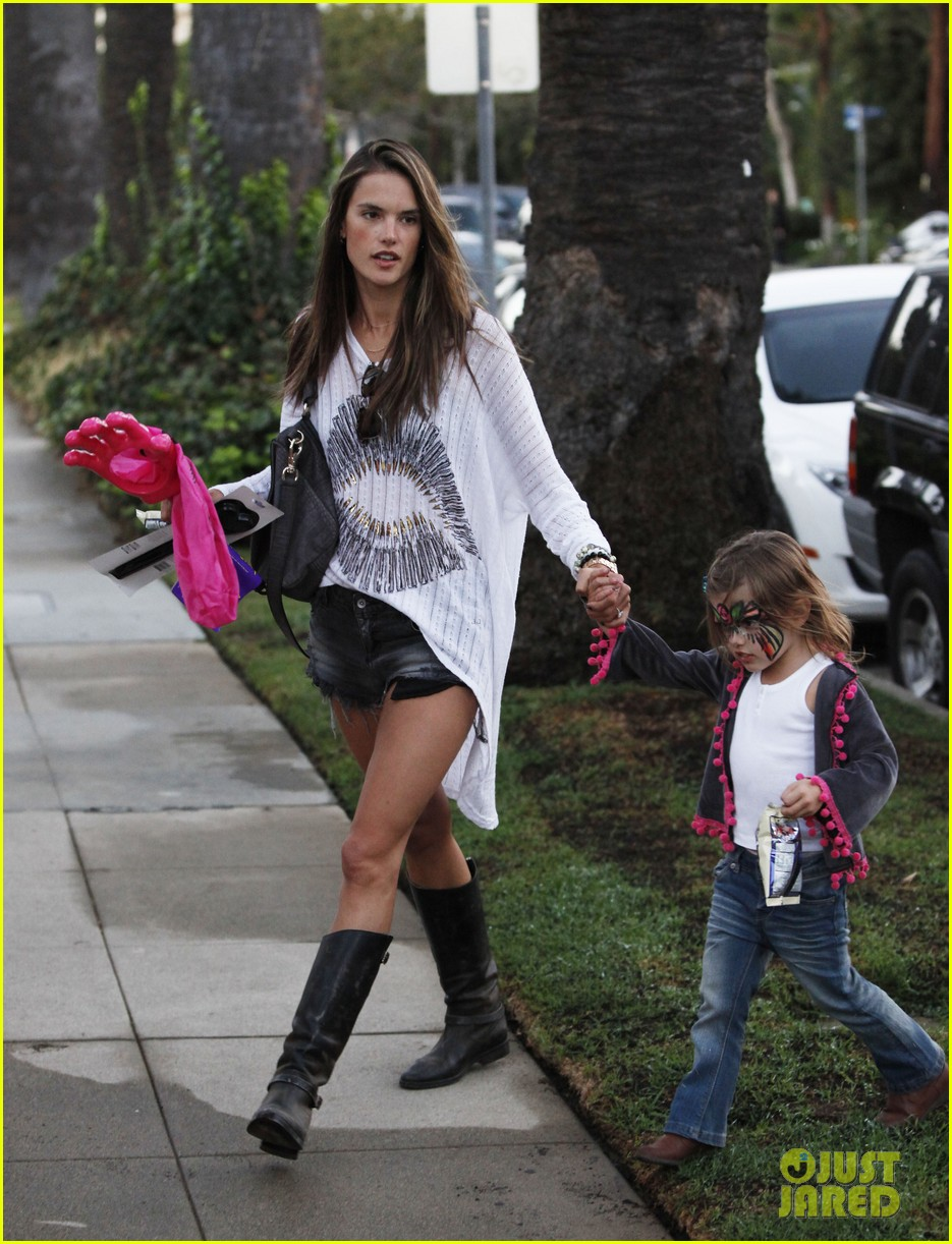 alessandra ambrosio mr bones pumpkin patch visit 012744145