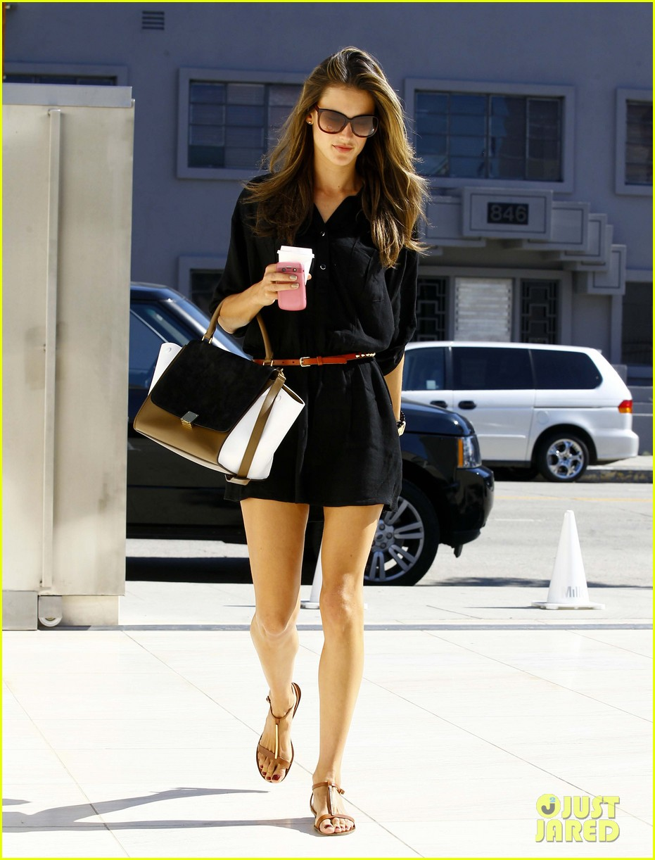 alessandra ambrosio recording studio beauty 092748079