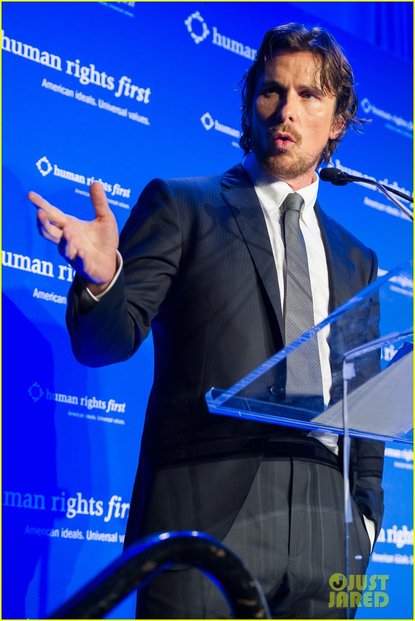 christian bale human rights award dinner 01