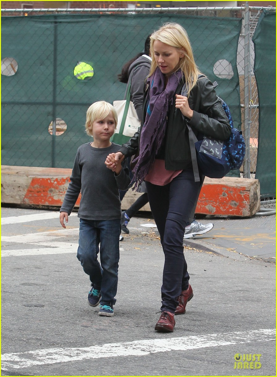 naomi watts i didnt know what to say to maria belon 09