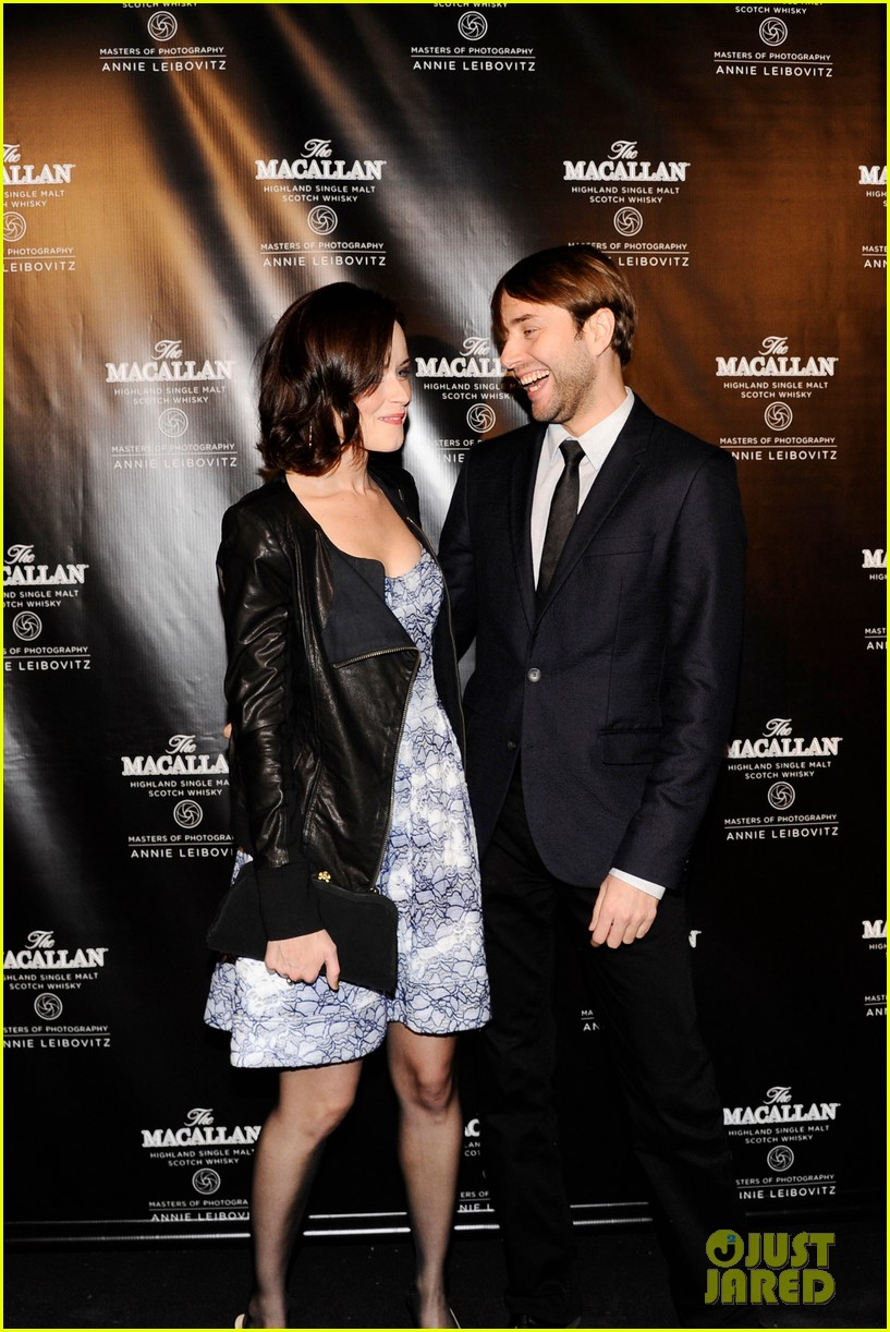 alexis bledel vincent kartheiser red carpet couple debut 032736324
