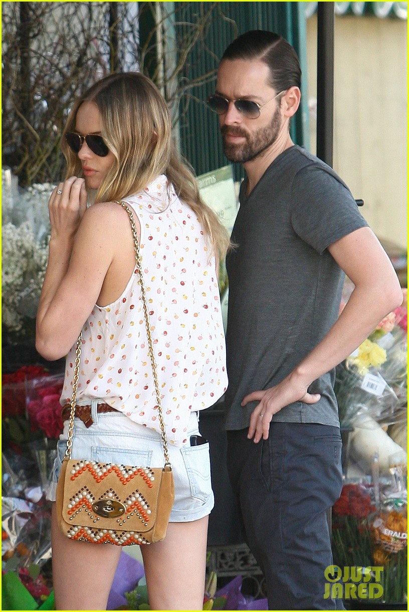 kate bosworth michael polish bristol farms market mates 02