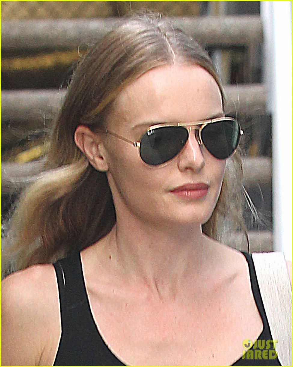 kate bosworth tweets a... Kate Bosworth